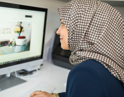 What does Islam say about equal pay for women?